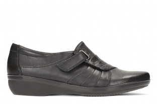 Clarks Womens Everlay Luna Black Leather Shoes